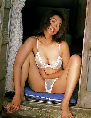 Teen Asian Tits